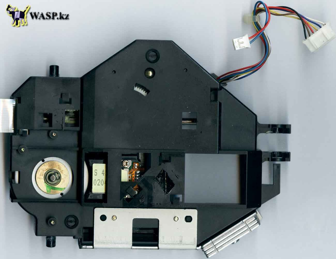 каретка с лазером в CyberDrive 361D