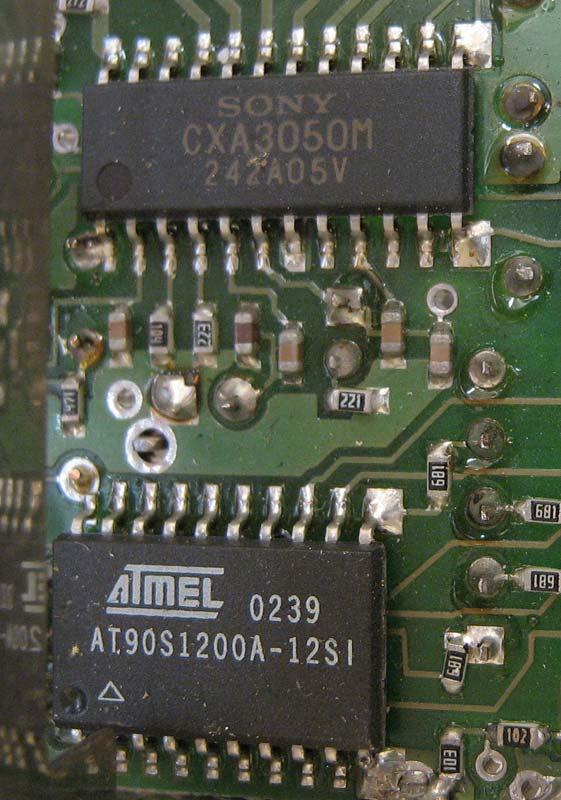 Sony CXA3050M Atmel AT90S1200A-12SI
