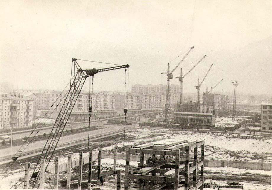wasp.kz/images/news_cats/alma-ata_1980-y_ussr_baykonur_cinema_01.jpg